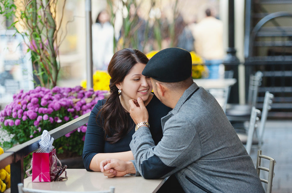 Toronto-Yorkville-Engagement-Session-Geminie-Photography-wedding-photographers-10
