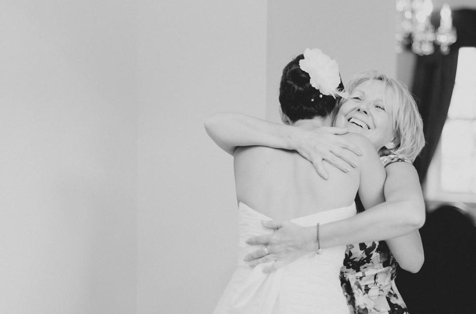 Alex-Alena-Kurtz-Orchard-Wedding-Niagara-Falls-Geminie-Photography-12