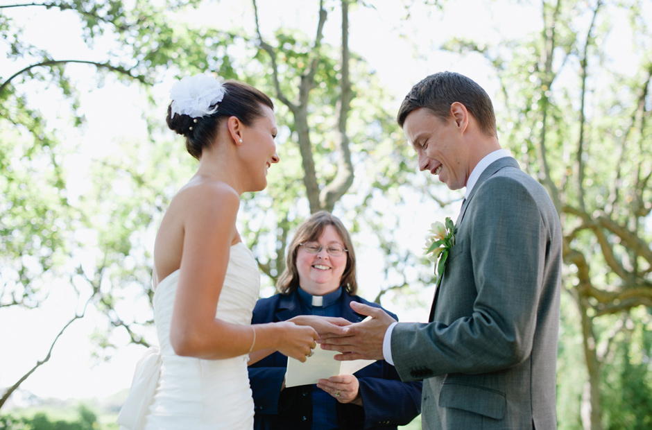 Alex-Alena-Kurtz-Orchard-Wedding-Niagara-Falls-Geminie-Photography-18