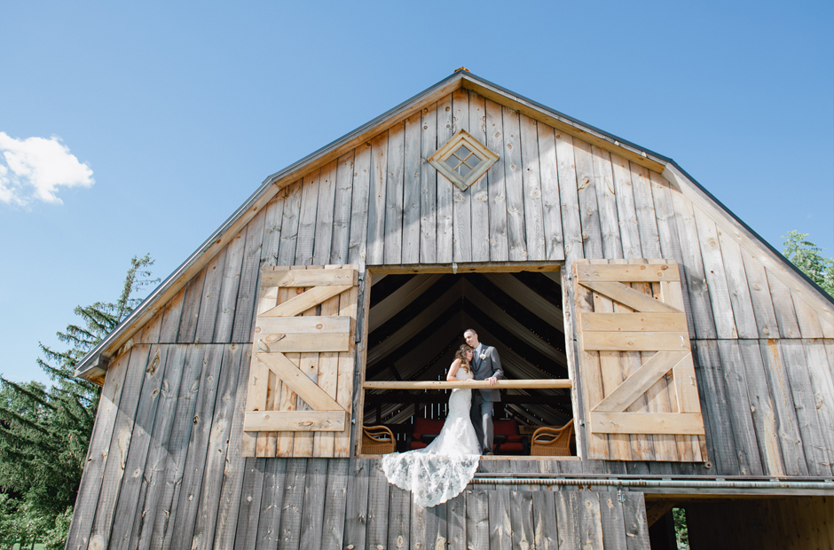 Geminie-Photography-Belleville-Orchard-Wedding-Photography-42